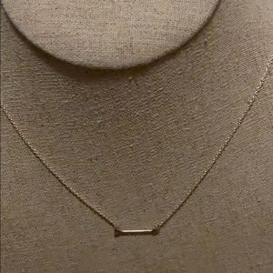Stella & Dot arrow on the mark necklace